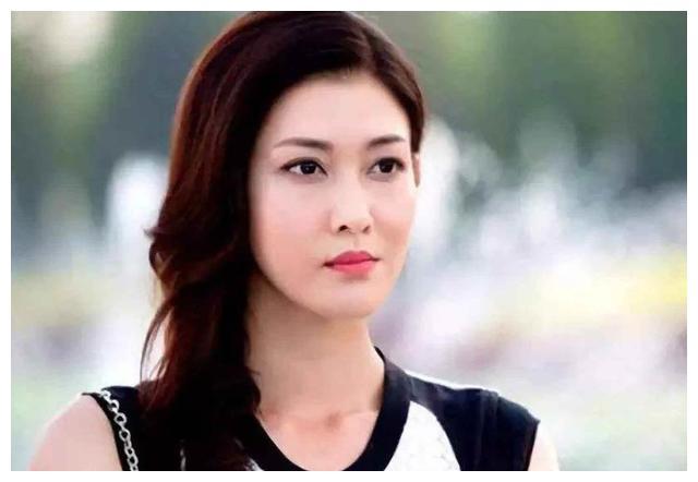 美人李彩桦,这颜值你可心动?