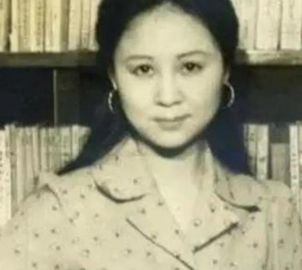 她是琼瑶一眼看中的琼女郎,不满意琼瑶取的艺名,改回真名后果