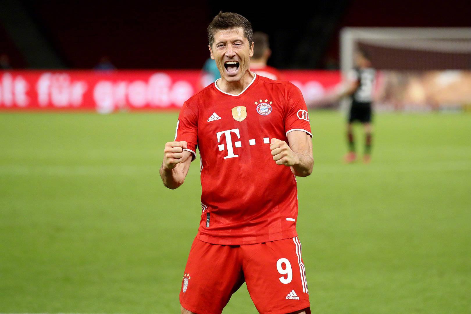 拜仁球员莱万多夫斯基当选为德国职业球员工会本赛季最佳球员