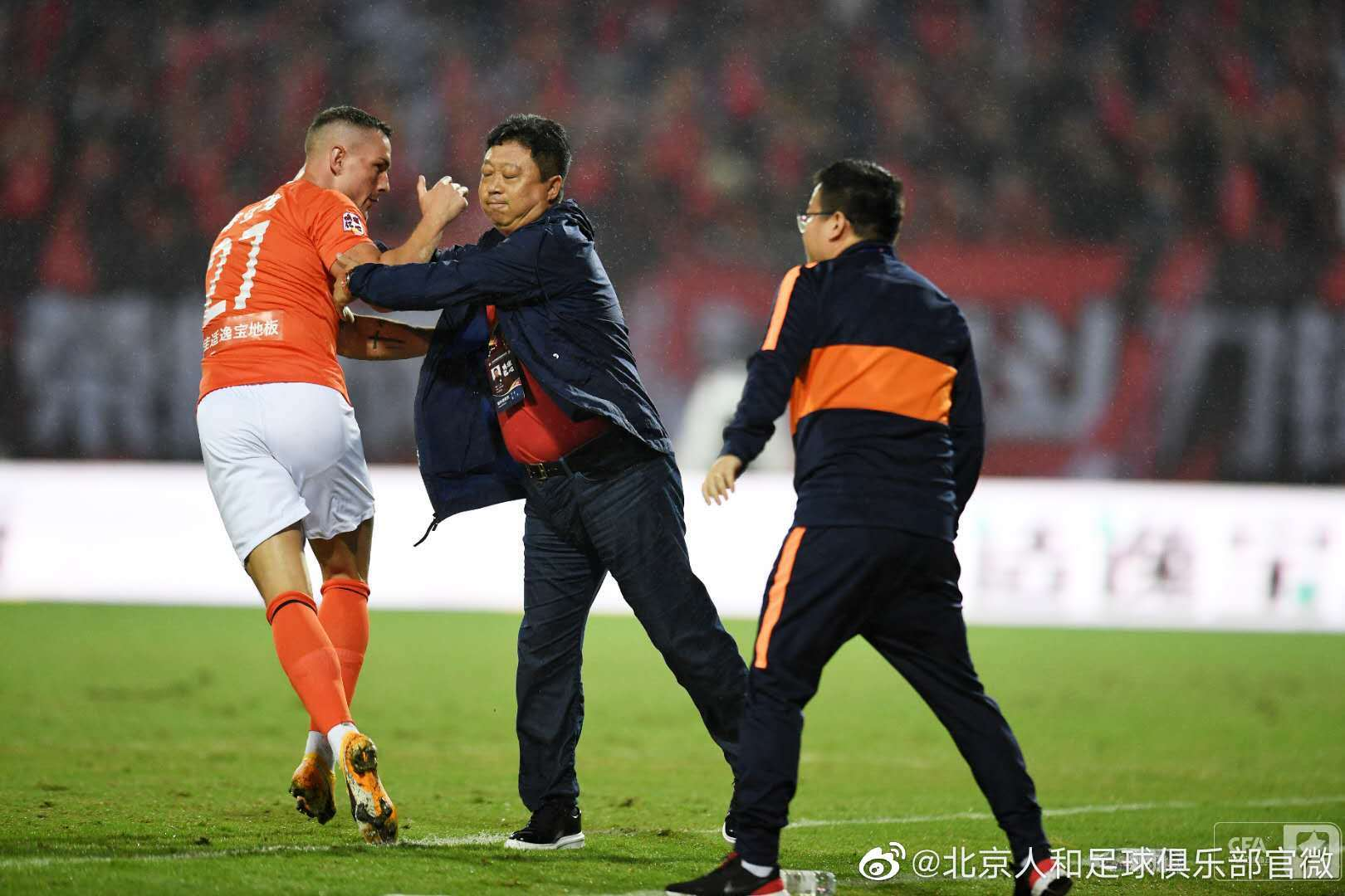 中甲第六轮北京人和3:2成都兴城,蒂亚戈本场比赛梅开二度