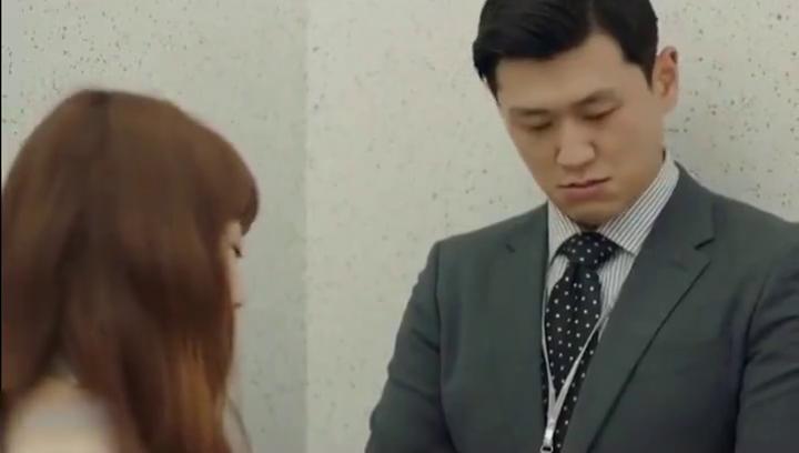 奉科长为了不让杨秘书伤心,终于如他愿公开恋情