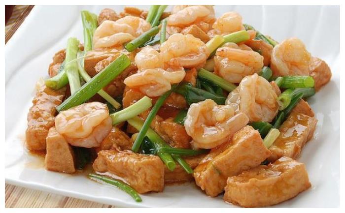 丰盛午餐, 几道家常菜, 简单快手, 好吃不贵, 家人吃得很满足