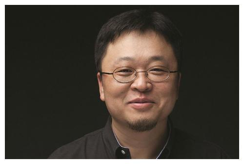 罗永浩:手机已是夕阳产业,直播赚钱还完债,会做下一代智能硬件