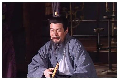 刘备错失的6个名人,5人被曹操所得,孙权也获得了一顶级猛将