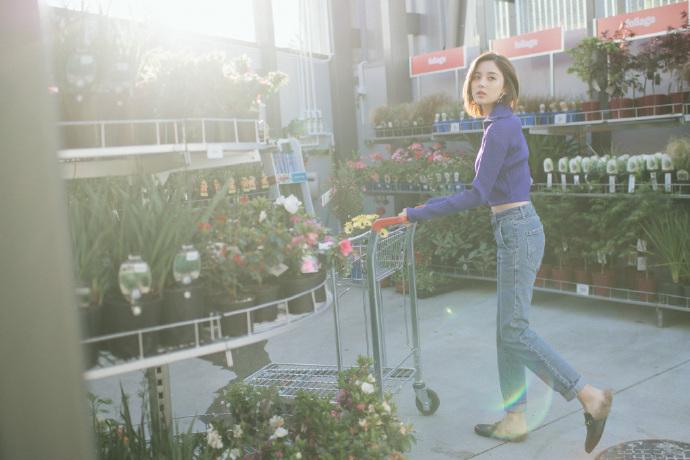 嘿,古力娜扎,谁家的花房姑娘