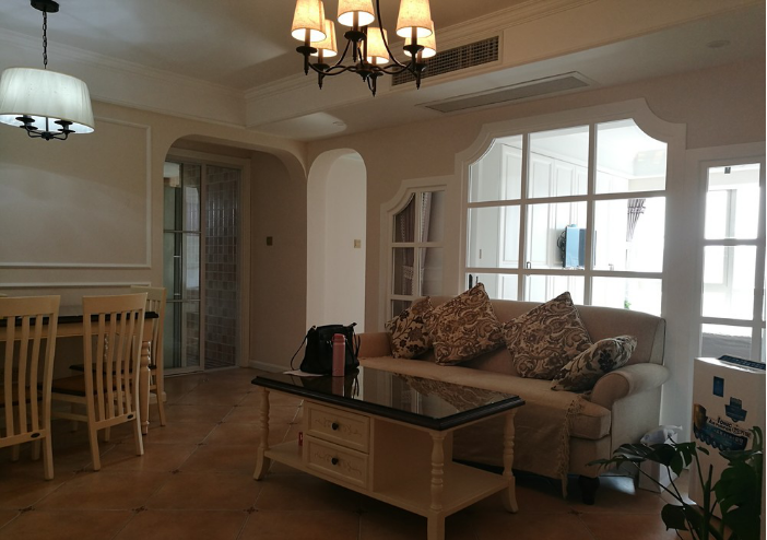 南京72平两室两厅户型,美式风格