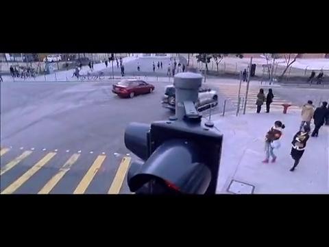 一个只会开碰碰车的女生开车你也敢坐,还是有急事的极速前进