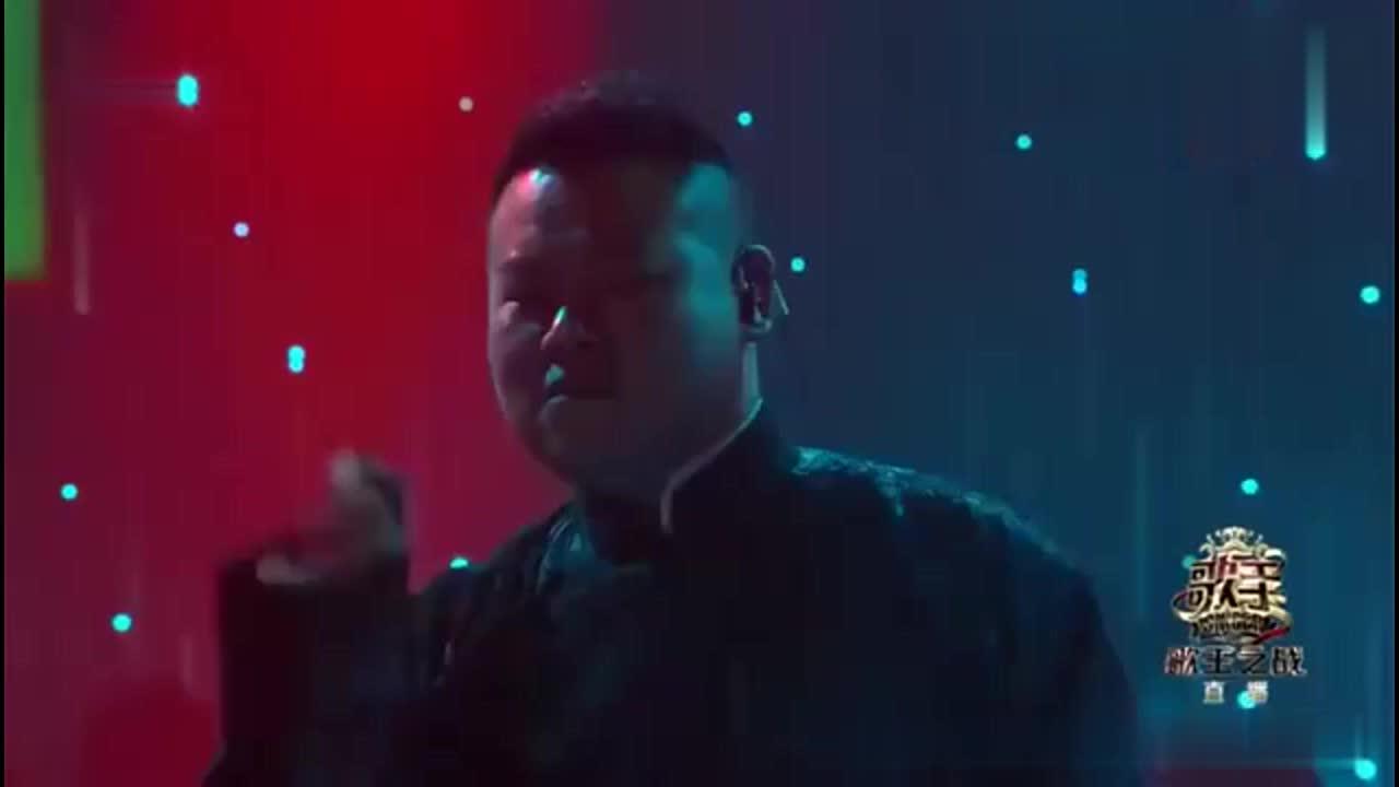 歌王之战:岳云鹏李健宇宙CP,五环旋律一出惊艳了众人,厉害