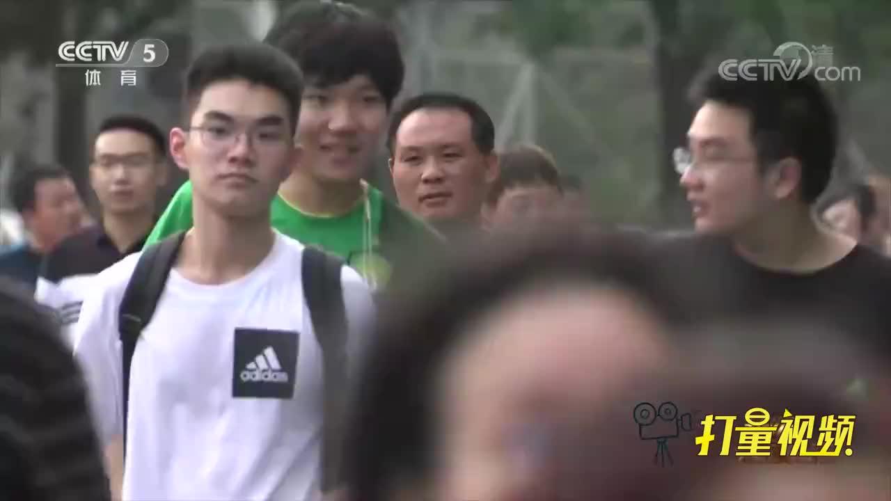 """足球资讯:北京国安吉祥物,京师里的""""京狮"""""""