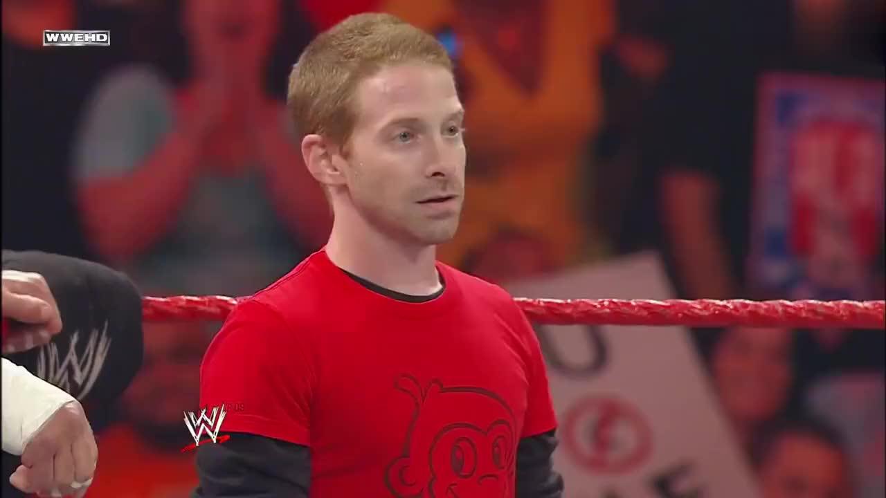 WWE回顾:约翰塞纳联手HHH,对抗兰迪奥顿的第二代进化军团