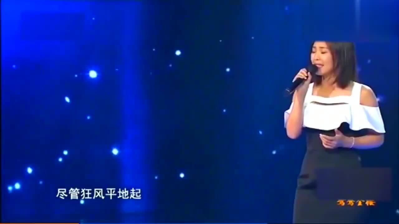 当明星再唱赵薇经典歌曲:一开嗓就是满满的回忆,当场就像落泪