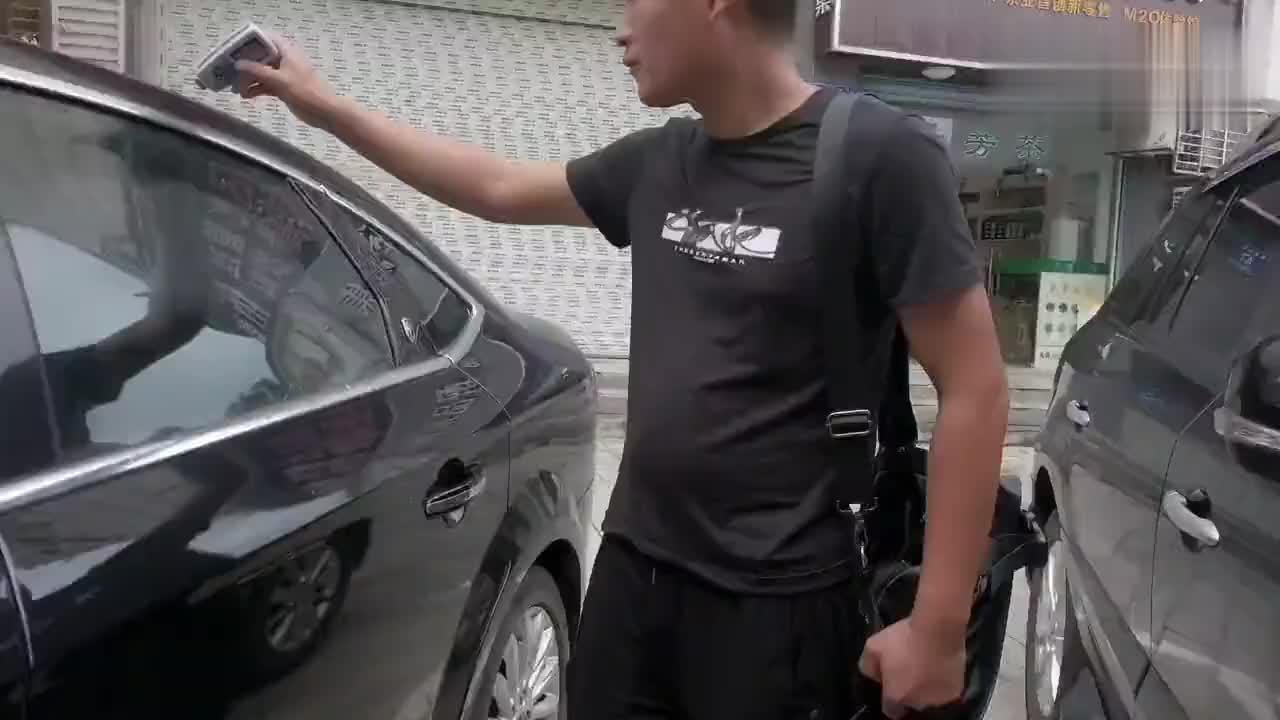 视频:去天门收了台福特蒙迪欧,同行都说这个价给高了,可能砸手上