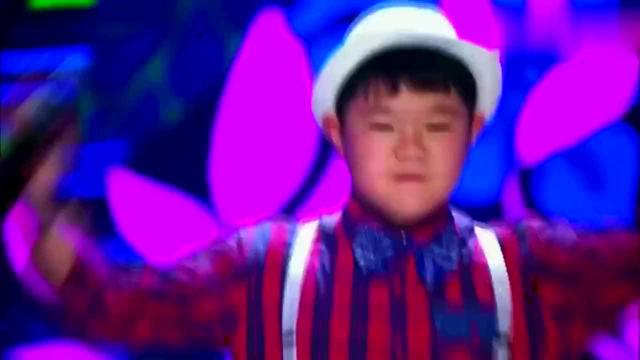 综艺:双胞兄弟合唱陕北民歌,声音一模一样