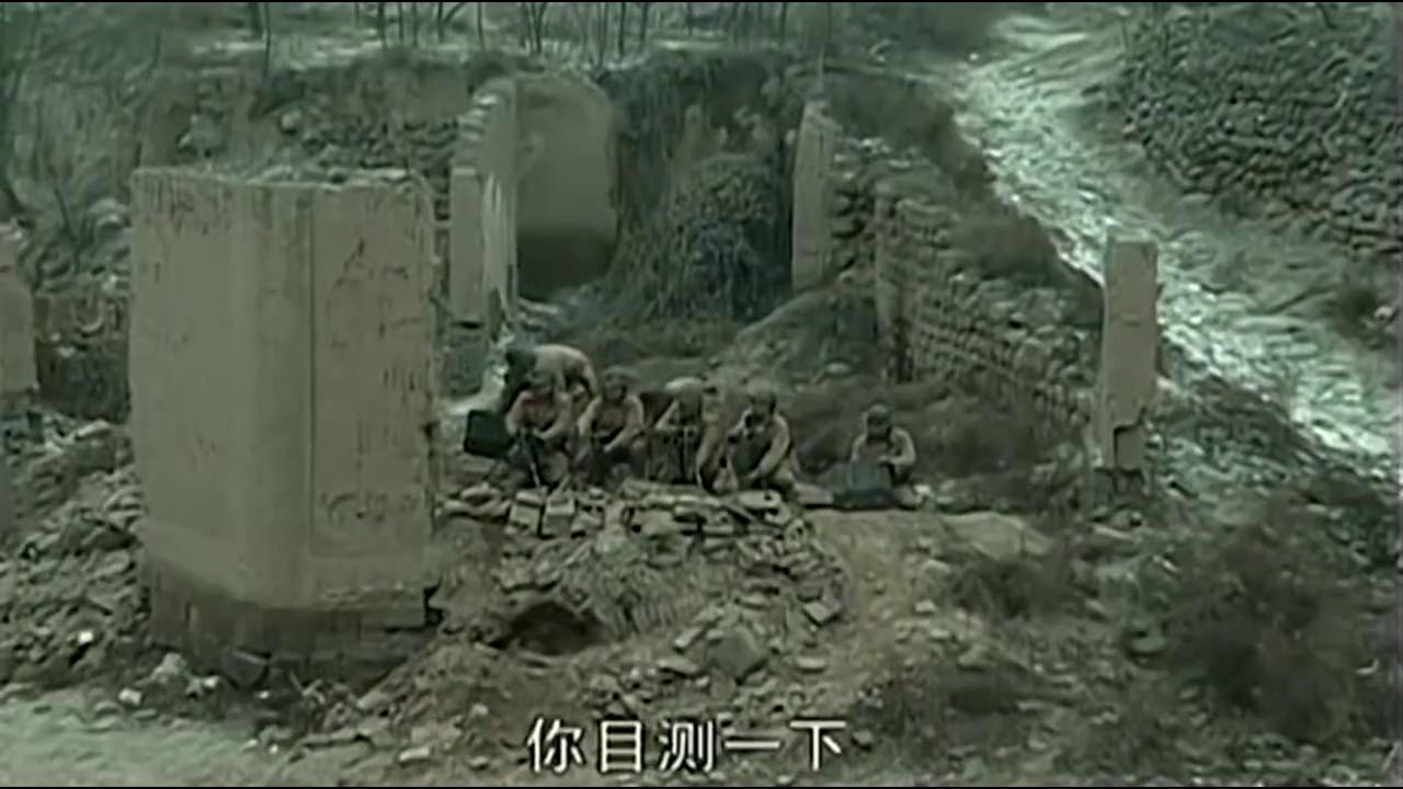赵刚和李云龙打赌:五百米距离,我用步枪打中正在架炮的鬼子