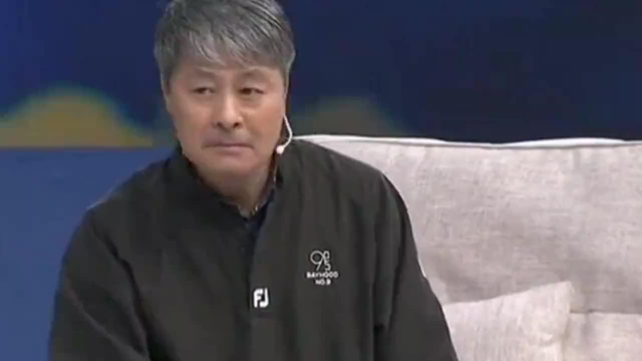 抛下冯巩移居海外、转身成为阶下囚的刘伟,如今怎么样了