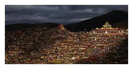 色达山河一片红,领略佛教文化,色达五明佛学院