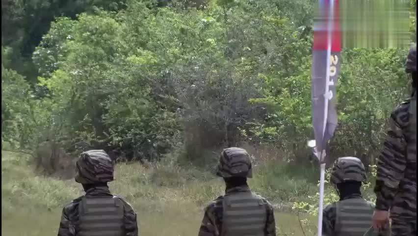 火蓝刀锋:这明显不公平啊,故意针对中国军队,他们能冲过去吗