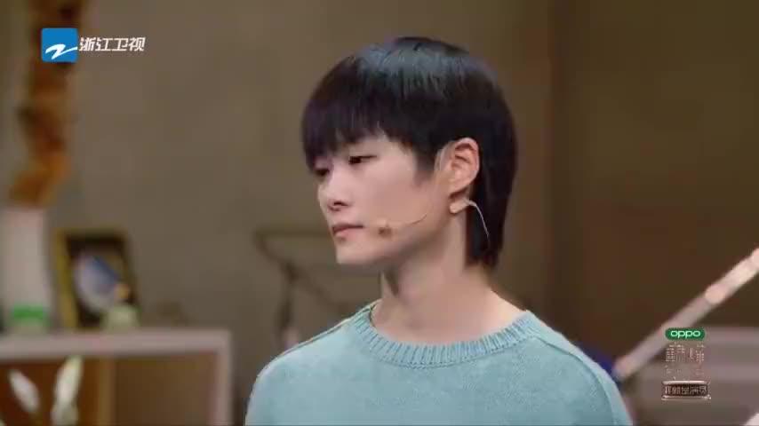 巅峰对决郭涛舞台上证明自己李宇春用自身孤独感诠释瘫痪病人