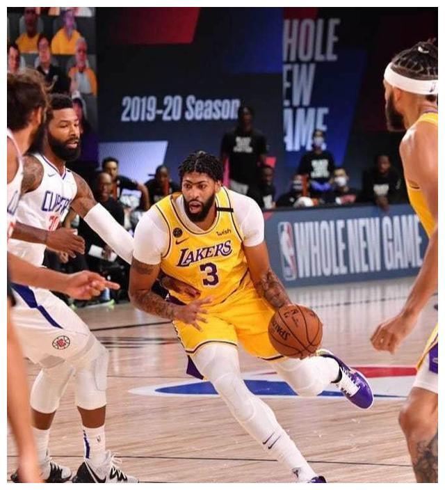 NBA复赛迎来了一场焦战之战,洛杉矶德比再次上演