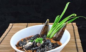 美食推荐:江鲜小杂鱼、盐帮黑凤爪、蜇头萝卜芽制作方法