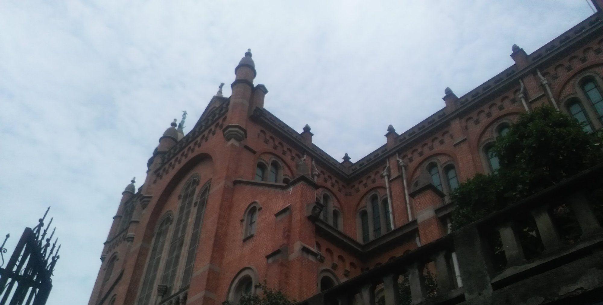 远东第一教堂——上海佘山天主教堂