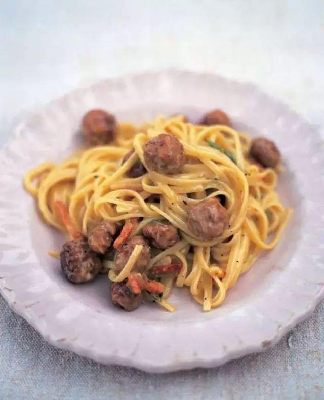 别逗了,不看看这本书里的意大利餐,你吃的那也叫意面?