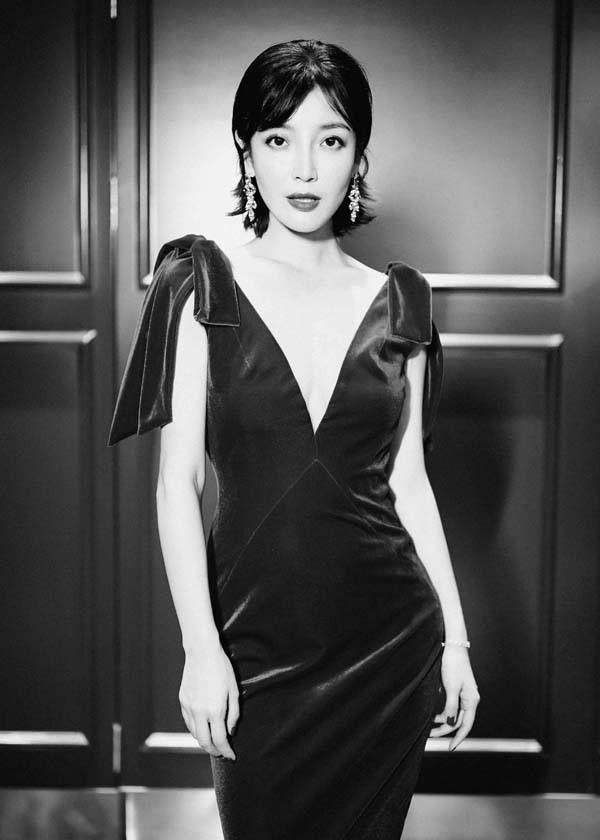 高晓菲:人美心善的实力演员,气质出众很精彩,曼妙身线超诱人