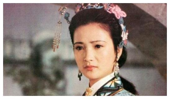 她被称为古装第一美女,演过四大名著,3次婚姻才找到对的人