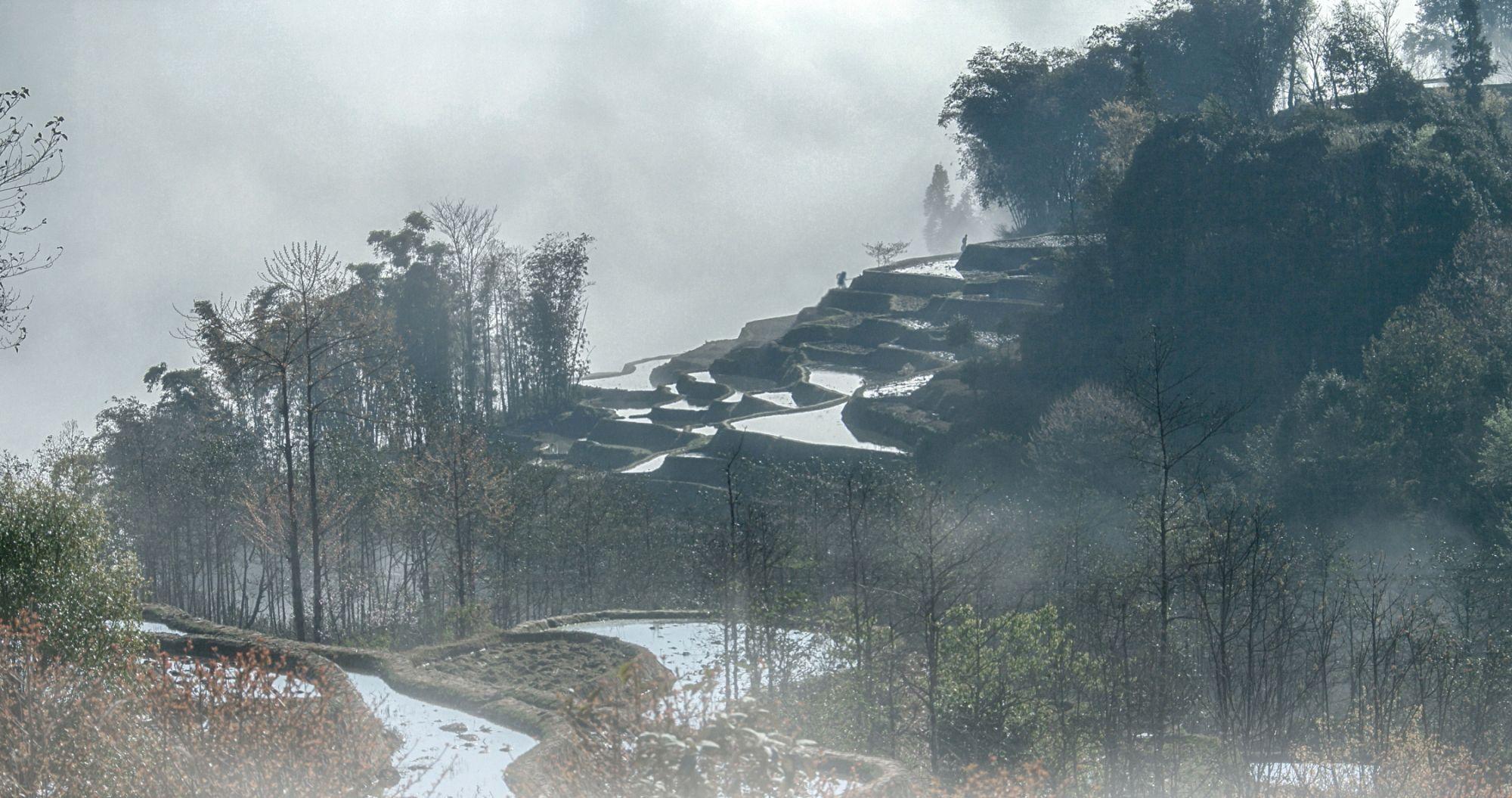 夏季云贵高原,云雾缭绕的实景大片分享!