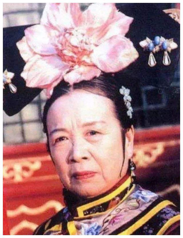 """李明启孙女分享视频,83岁""""容嬷嬷""""笑容和蔼"""