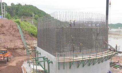 战汛期抢工期!汉巴南铁路恩阳河特大桥建设提速