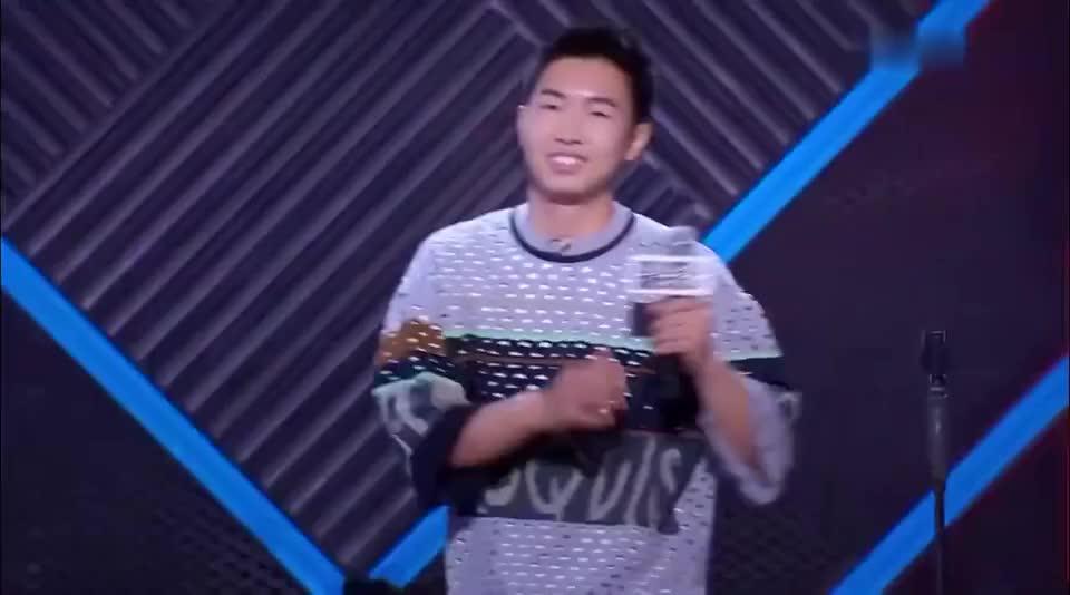 脱口秀大会:冠军之战杨蒙恩:打了码的脱口秀还是脱口秀吗?