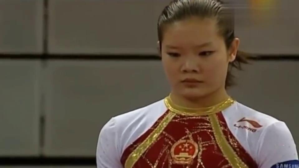 2008年体操世界杯总决赛马德里站,跳马女皇程菲再现教科书般绝技