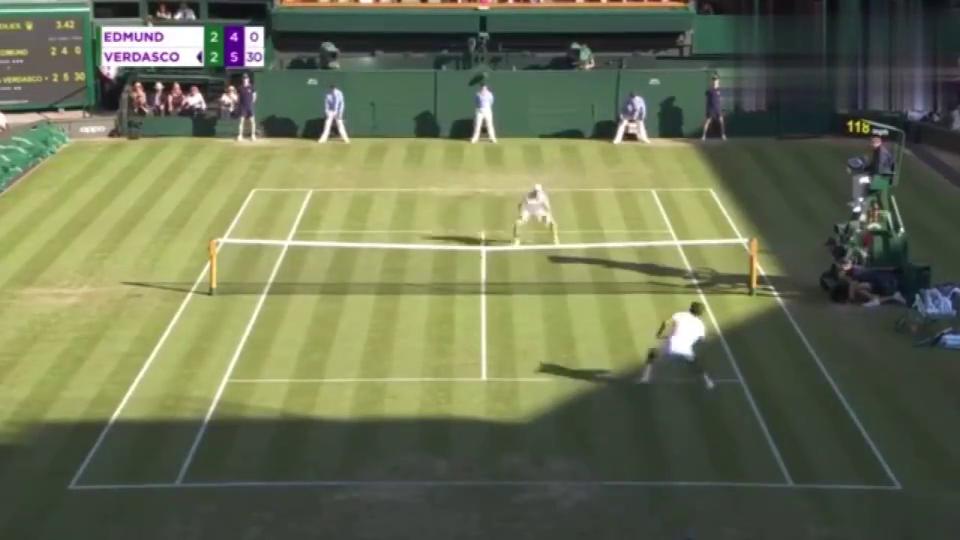 男子网球:惊天逆转!沃达斯科苦战五盘3-2逆转埃德蒙德