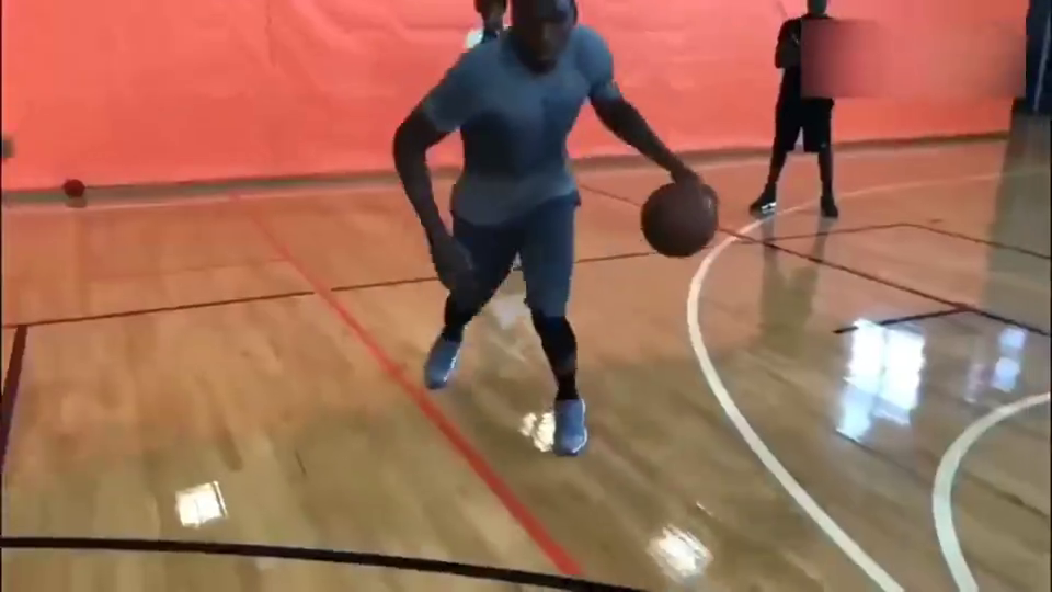 练不如炼!这个视频告诉你,奥拉迪波凭什么能成为进步最快球员!