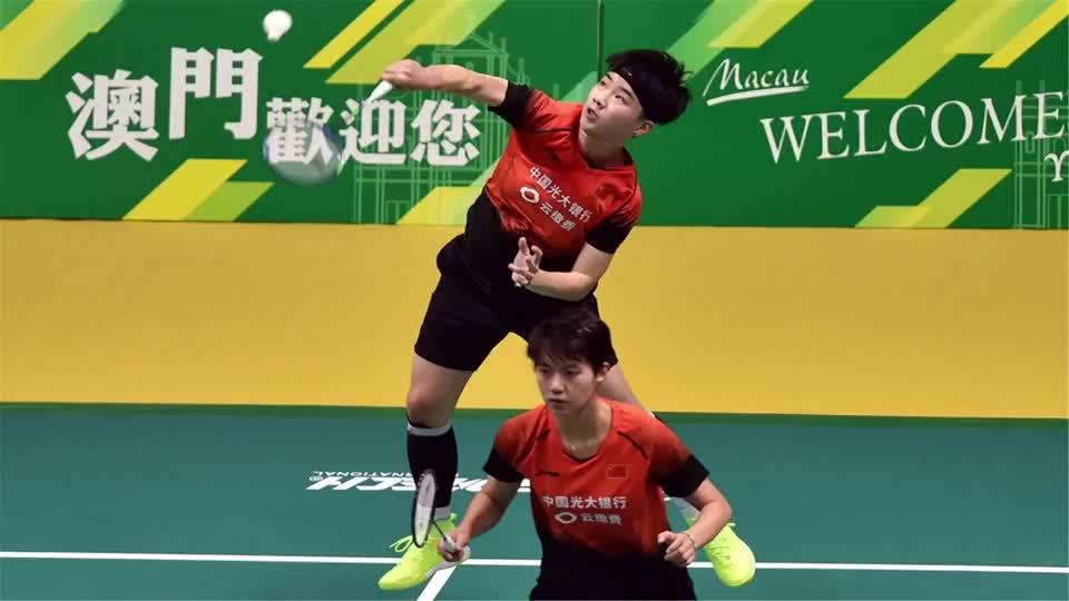 澳门赛杜玥李茵晖击败泰国组合 三局取胜收获今年女双第二冠