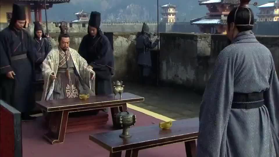 秦齐开战三个月都没打起来,田相怀疑齐帅卖敌通国,齐王霸气打脸