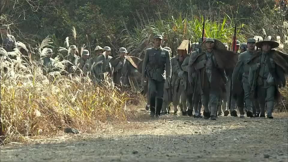 1937年淞沪战役爆发,战士们全员赶往战场,支援前线