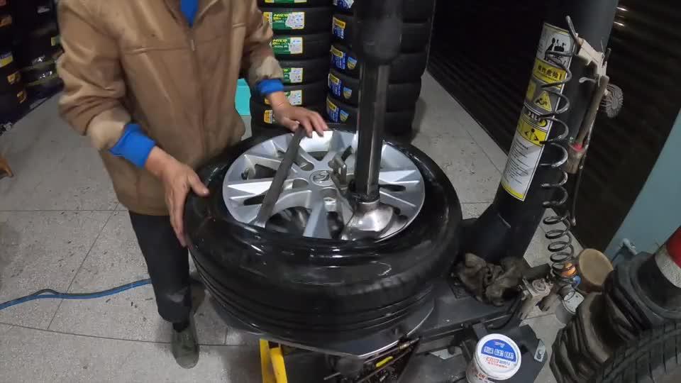 视频:宝骏汽车好卖却不好开?聊聊这台二手宝骏730的驾驶感受