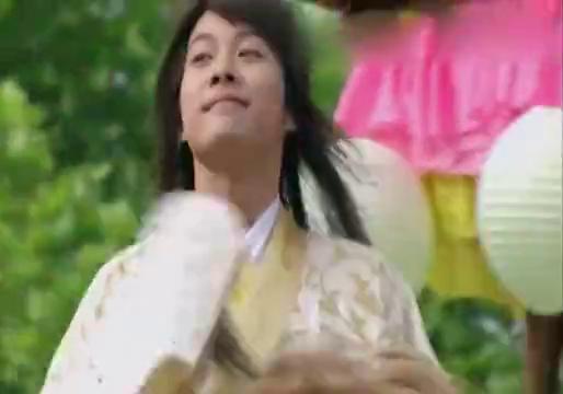春光灿烂猪九妹:徐海乔赴京赶考被绑架。还好陈乔恩及时赶到