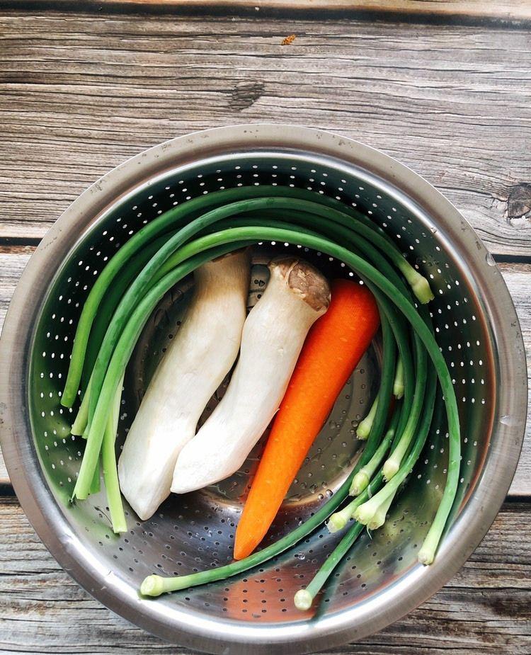 蒜苔和杏鲍菇这么做,大人孩子都爱吃
