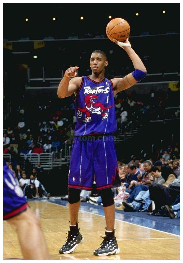 进入NBA之后还会长高?字母哥才叫天赋异禀,姚明退役后还在长个