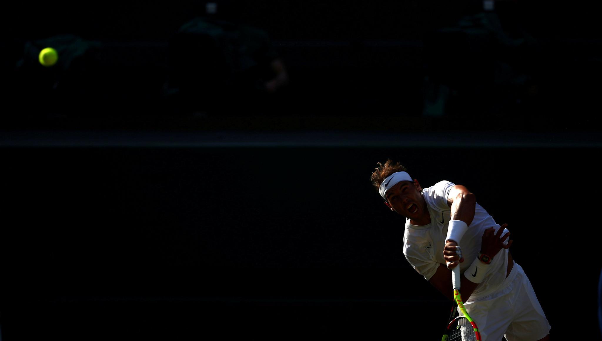 网球——温网:费德勒击败纳达尔(4)