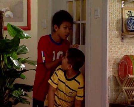 家有儿女第一季第69集:刘星答应让小男孩住家里,小男孩却不乐意