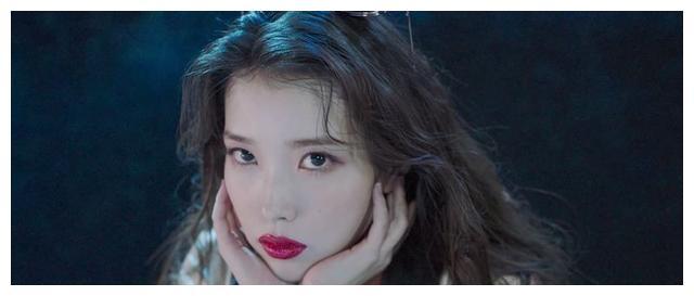 暌违4年的第5张专辑,3分钟MV连换11套服装,IU李知恩回归歌坛