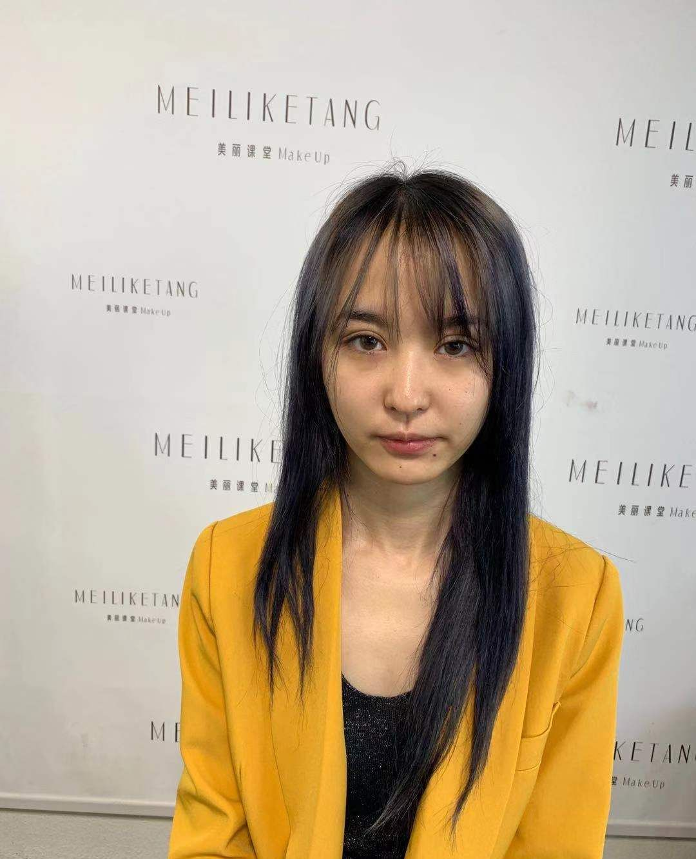 童婷美丽课堂:素人改造日系杂志风妆容造型