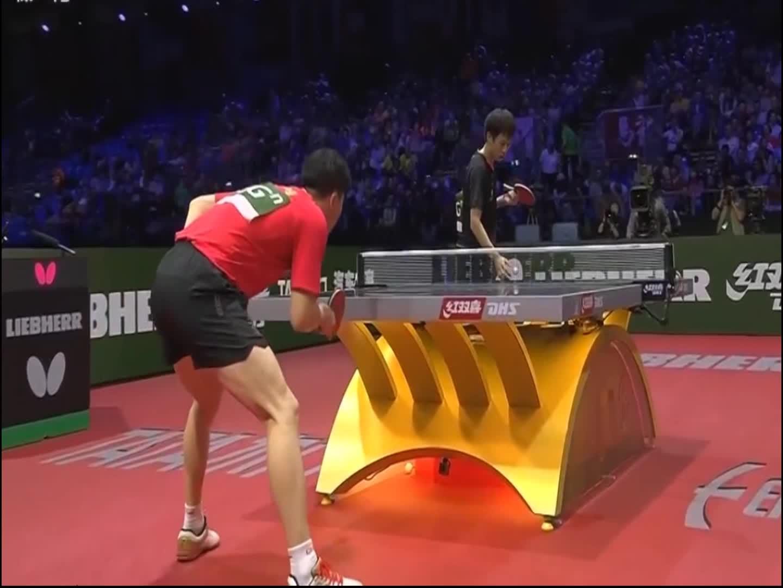 世界锦标赛,林高远在转球落球上没能把马龙打开,马龙真正爆发了