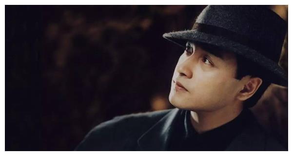 张国荣干儿子现状, 俊朗帅气酷似父亲, 唐鹤德爱情价更高啊