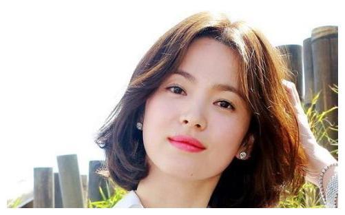 13岁火爆亚洲的韩国童星文根英,32岁发福被网友吐槽长残
