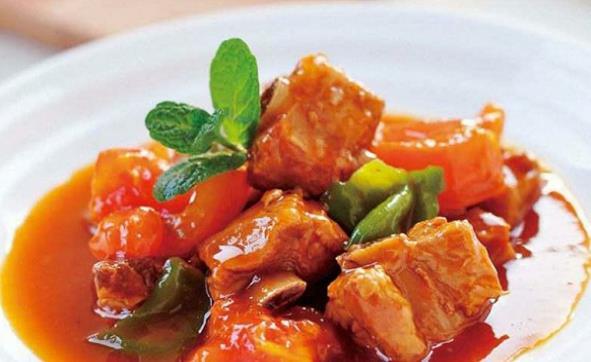 美食推荐:南瓜薏米绿豆糖水、酸菜小笋、糖醋西瓜皮、蕃茄烧排骨图1